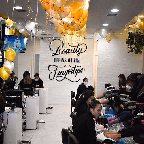 5th Avenue Beauty Bar store